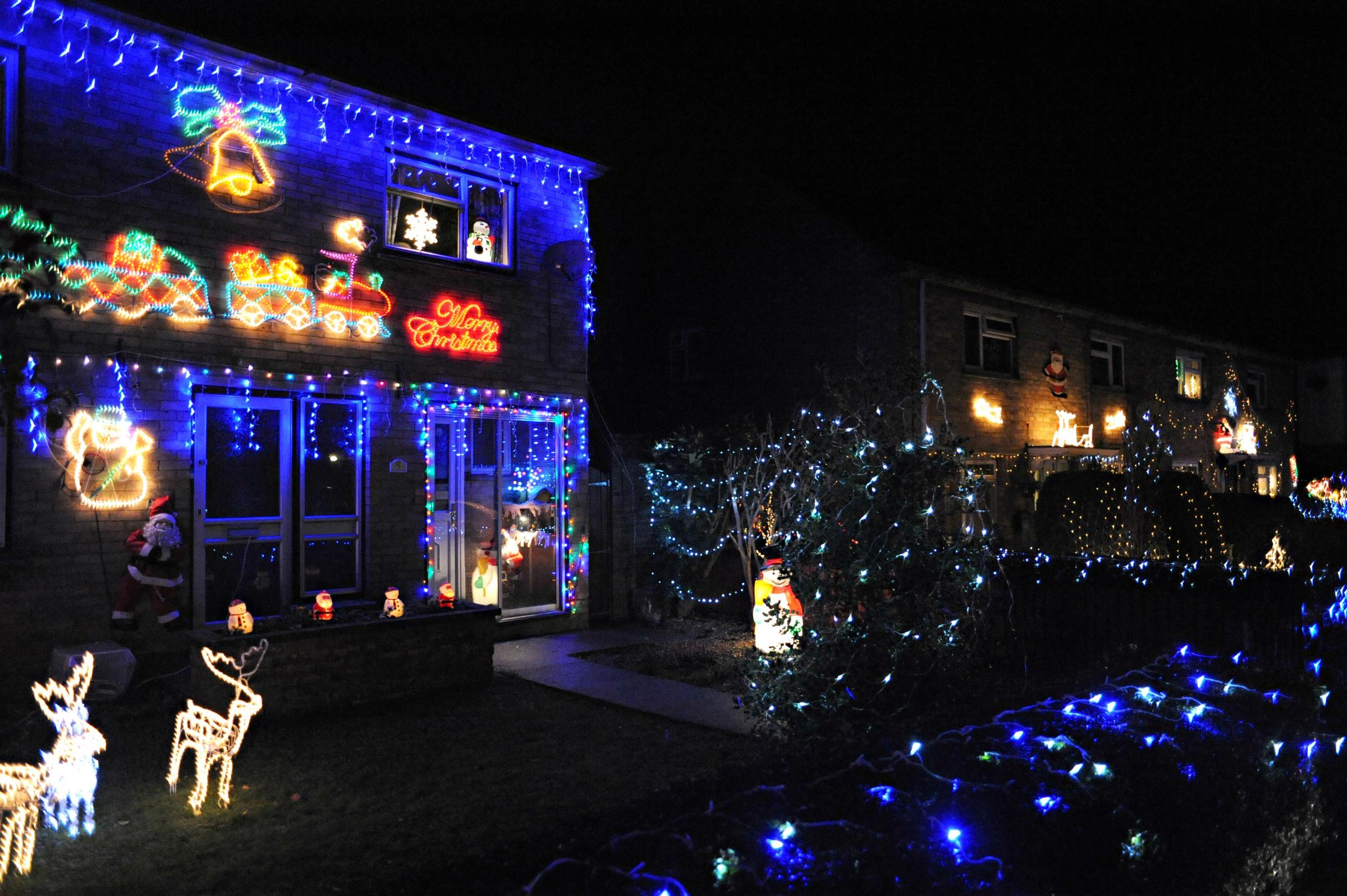 BUST Bristol | Mill Crescent, Westerleigh, lights up for Christmas ...